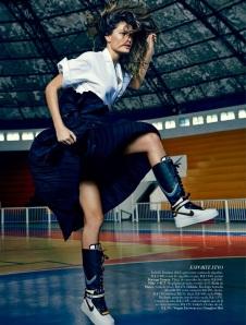 Isabeli Fontana By Fabio Bartelt For Harper's Bazaar Brazil June 2014 (8)
