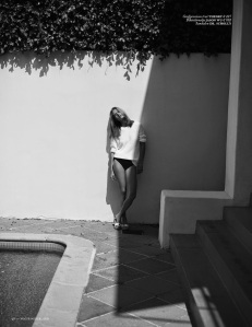 Malgosia Bela By Annemarieke Van Drimmelen For Vogue Netherlands July 2014 (3)
