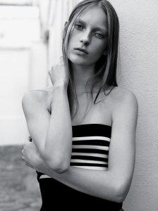 julia-bergshoeff-by-karim-sadli-for-the-new-york-times-t-style-magazine-november-2014-2