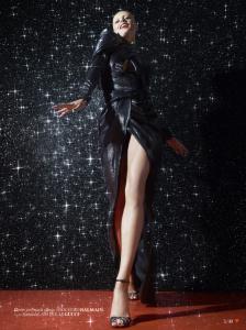Karmen Pedaru by Cuneyt Akeroglu for Vogue Turkey December 2013 (4)
