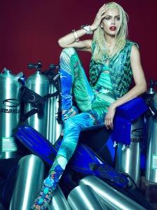 Amanda Wellsh by Henrique Gendre for Vogue Brazil January 2015 (3)
