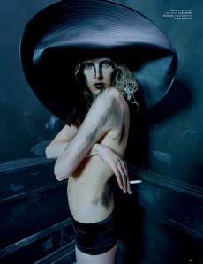 Agyness Deyn by Tim Walker for Love #13 Spring Summer 2015 (4)