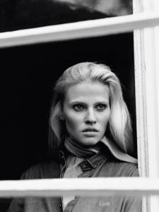 Lara Stone By Alasdair Mclellan For Vogue Paris April 2015 (3)