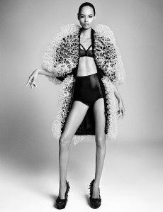 Suvi, Maartje, Liu, Vanessa, Binx, Daria, Sam + More By Luigi & Iango For Vogue Japan April 2015 (4)