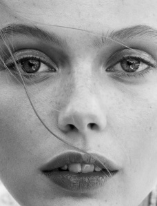 Frida Gustavsson By Benjamin Vnuk For Glamour France May 2015 (1)