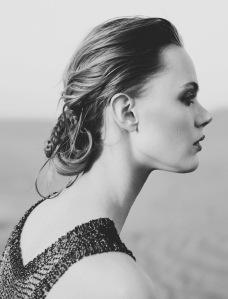 Frida Gustavsson By Benjamin Vnuk For Glamour France May 2015 (7)