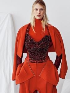 Juliana Schurig By Nathaniel Goldberg Vogue China May 2015 (1)