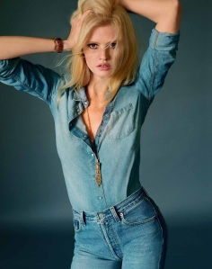 Lara Stone By Elina Kechicheva For Marie Claire France May 2015 (1)