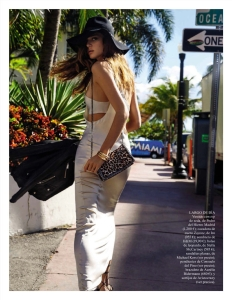 Marta Ortiz by Monica Suarez de Tangil for Vogue Spain May 2015 (5)