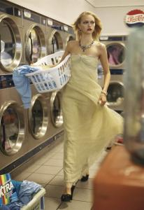 Caroline Trentini, Gemma Ward, Lily Donaldson by Steven Meisel for Vogue US December 2005 (3)