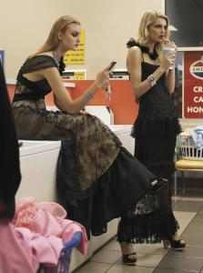 Caroline Trentini, Gemma Ward, Lily Donaldson by Steven Meisel for Vogue US December 2005 (4)