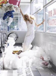 Caroline Trentini, Gemma Ward, Lily Donaldson by Steven Meisel for Vogue US December 2005 (8)