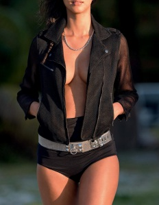 Lais Ribeiro By Hans Feurer For Elle Italia June 2015 (2)