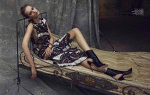 Iza Olak By Asa Tallgard For Elle Russia April 2013 (3)