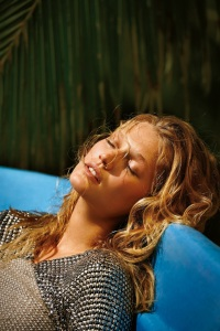 Toni Garrn By Gilles Bensimon For Daily Summer May June 2015 (3)