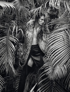 Crista Cober By Txema Yeste For Numéro #166 August 2015 (2)