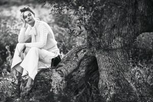 Frida Gustavsson By Andreas Sjödin For Elle Sweden August 2015 (2)